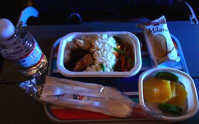 アメリカン航空の機内食 ダラス・成田線