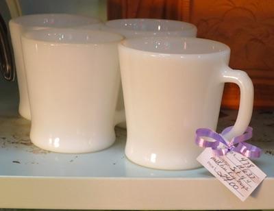 ファイターキング ミルクガラスマグ
