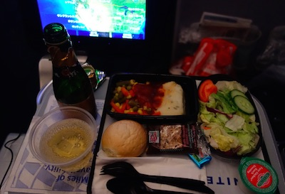 ユナイテッド航空の機内食 ディナー