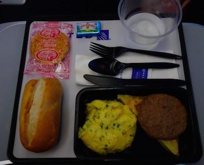 ユナイテッド航空国際線の機内食