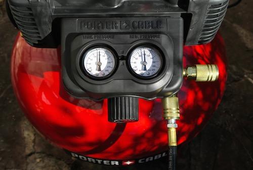 コンプレッサー 空気圧縮機